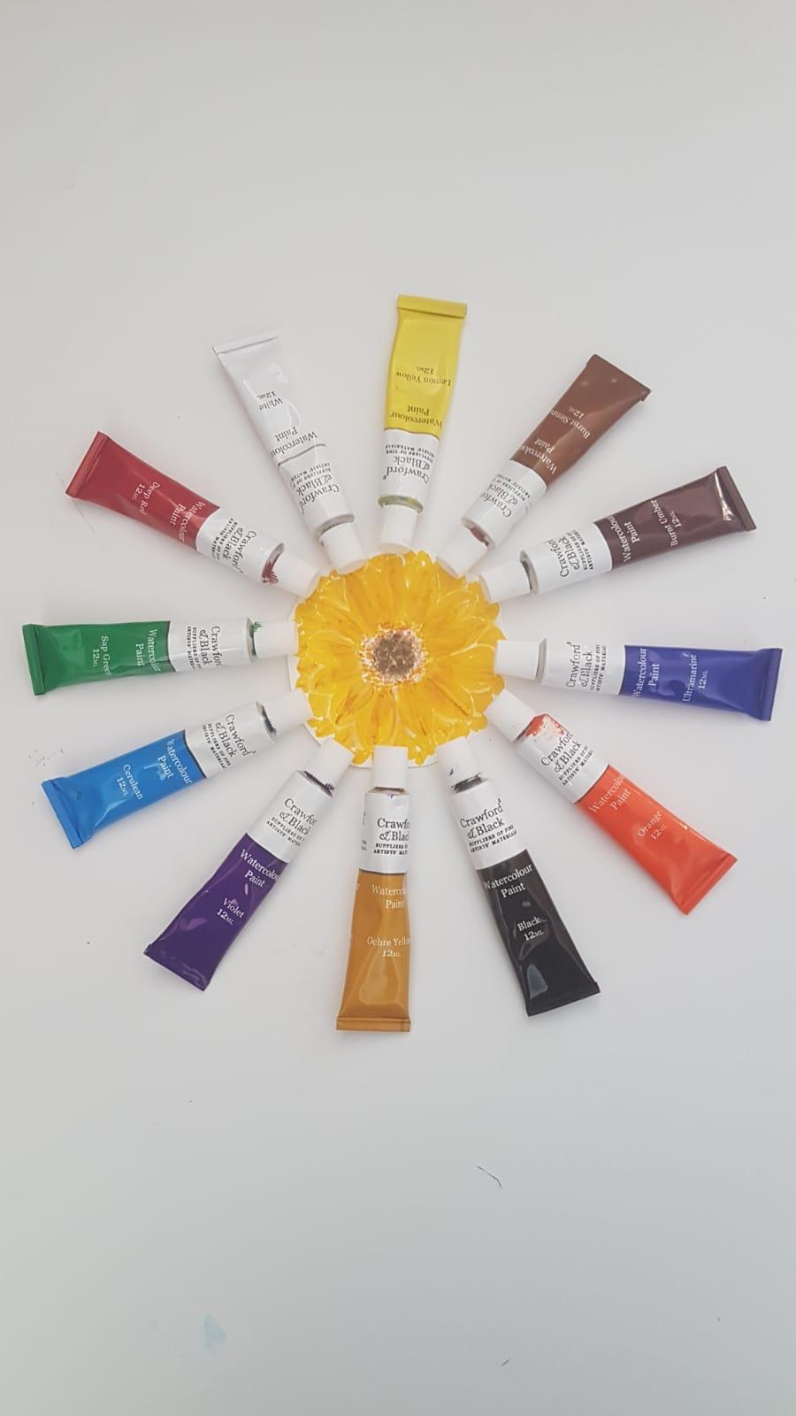 Arrangement of paint tubes